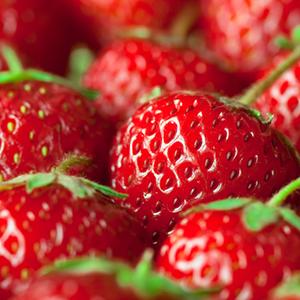 Saison Organic Strawberry Skincare